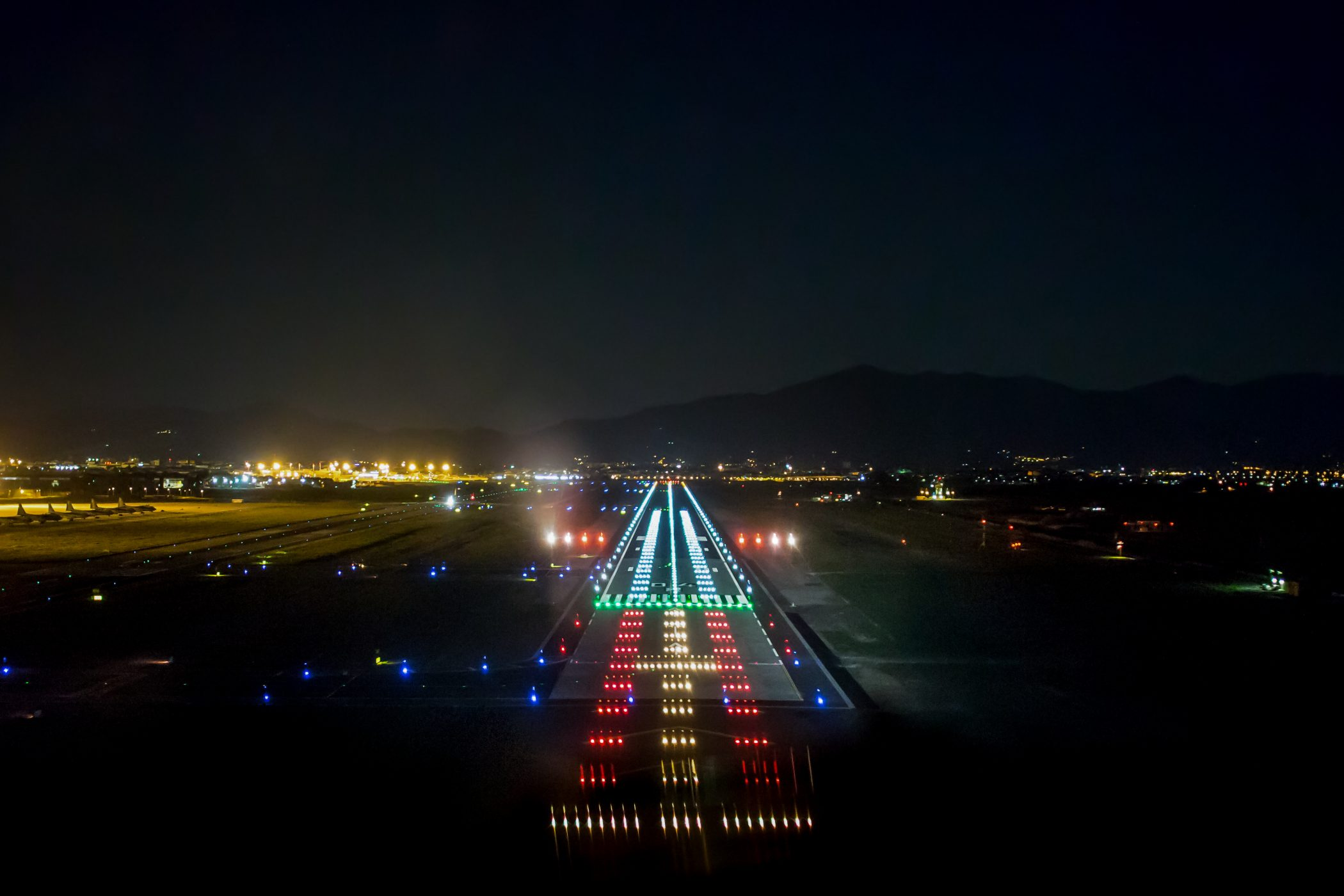 SERIES 3 LED PAPI: ANOTHER CHOICE IN GLIDESLOPE GUIDANCE